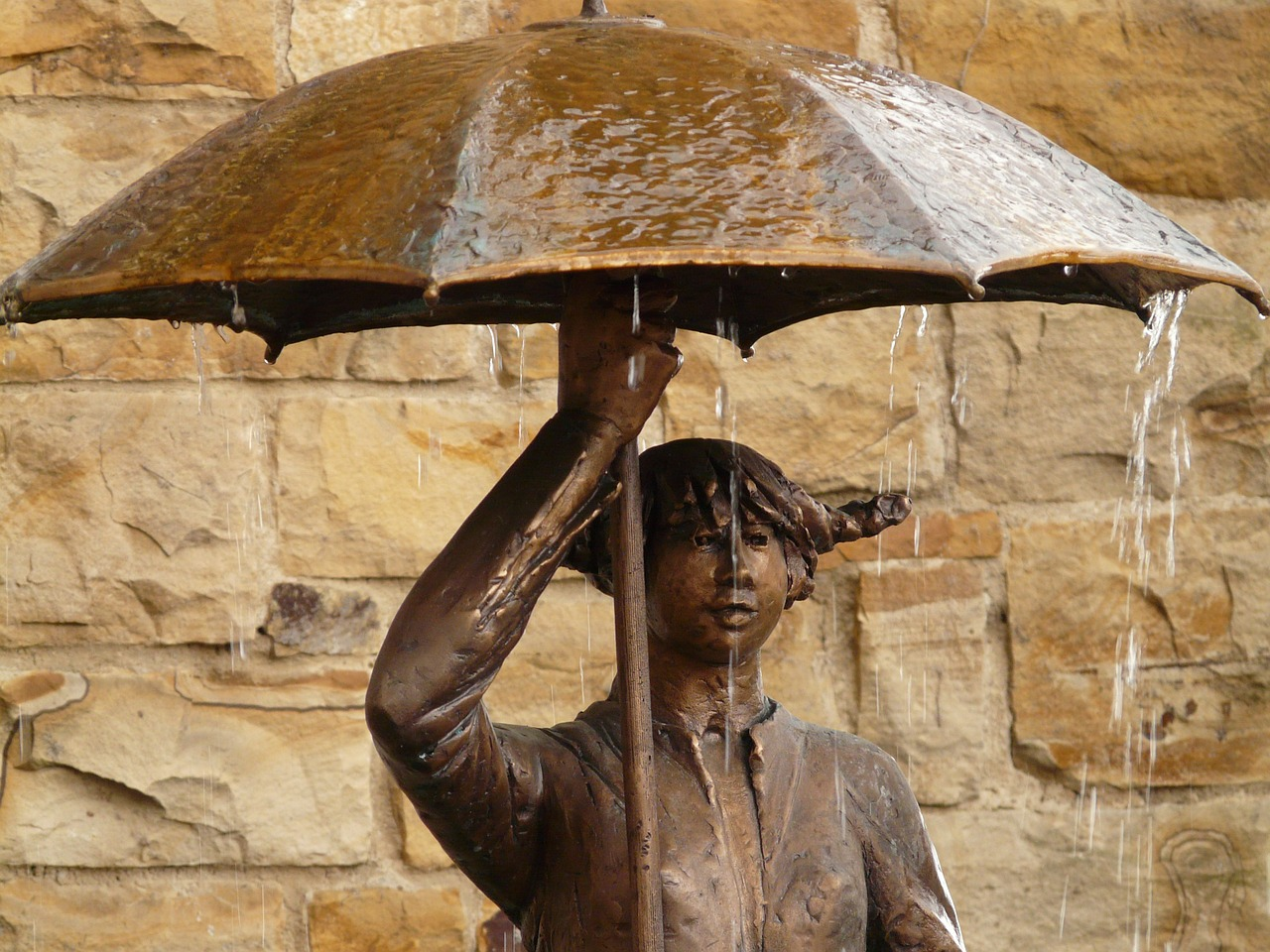 Créez des statues en métal dans votre jardin !